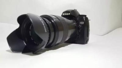 Nikon D 70 DSLR with 70-210 Lens